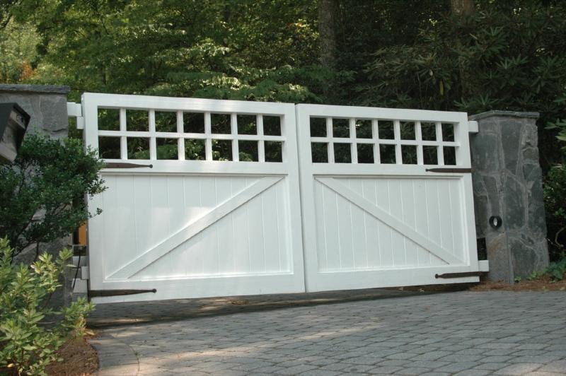 Allegheny Custom Cedar Gate & Custom Cedar Fence \u0026 Gate Designs - Allied Fence