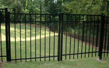 Allience Aluminum Fencing - Eve with Double Gate