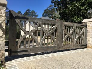 Calderone Gate