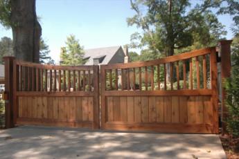 Cascade Custom Cedar Gate