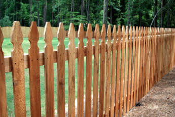 Virginia Top Picket Fence